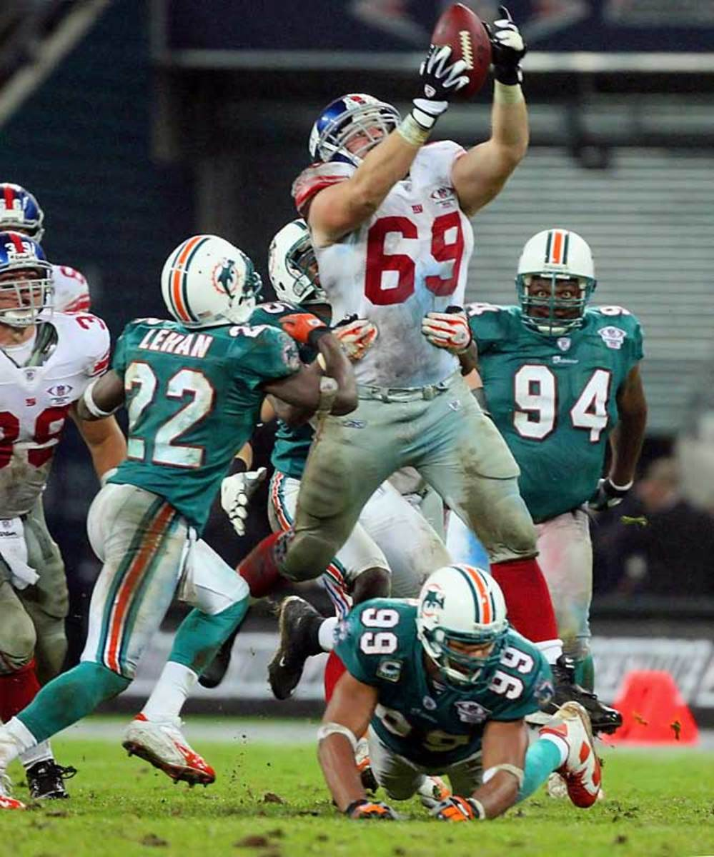Giants 13, Dolphins 10