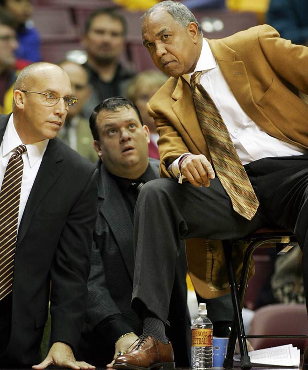 Minnesota hires Tubby Smith