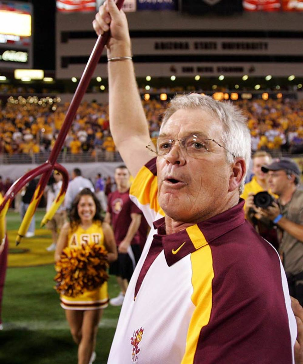 Arizona State hires Dennis Erickson