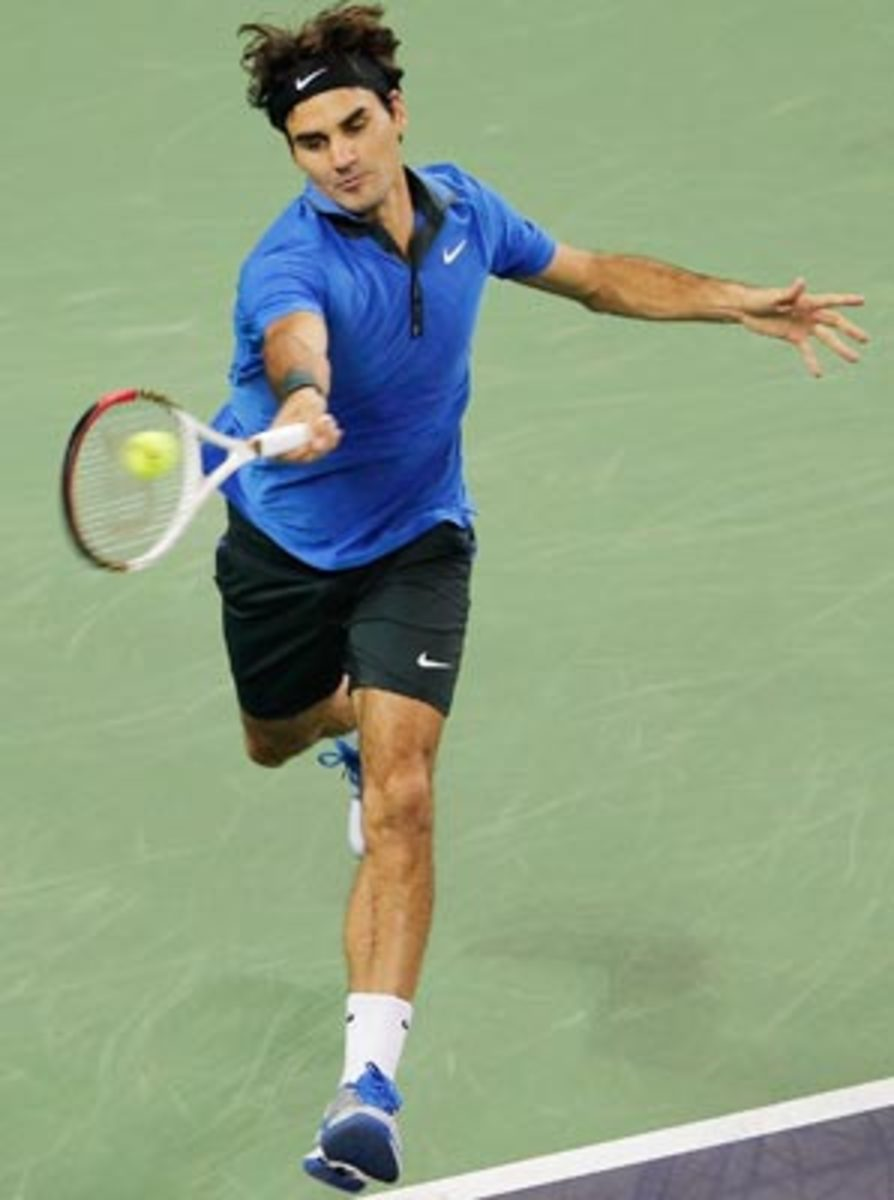Roger Federer defeated Paul-Henri Mathieu in the semifinals.