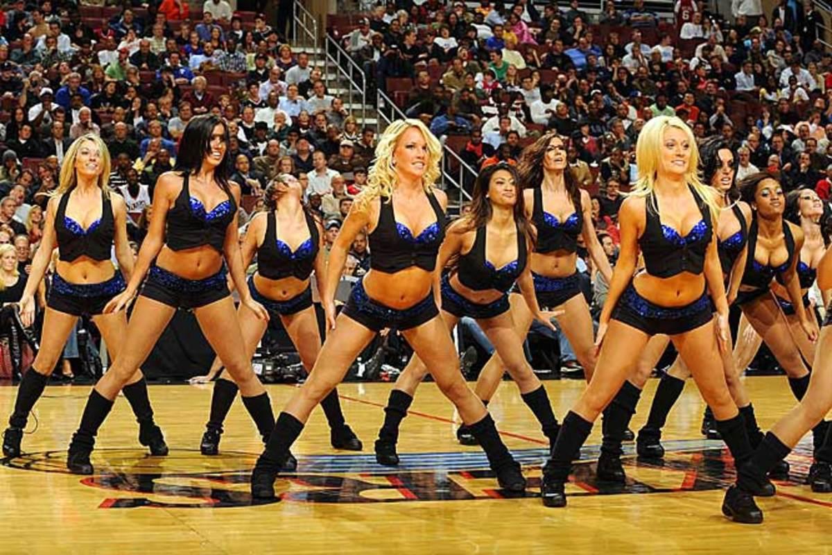 sixers-dancers%2802%29.jpg