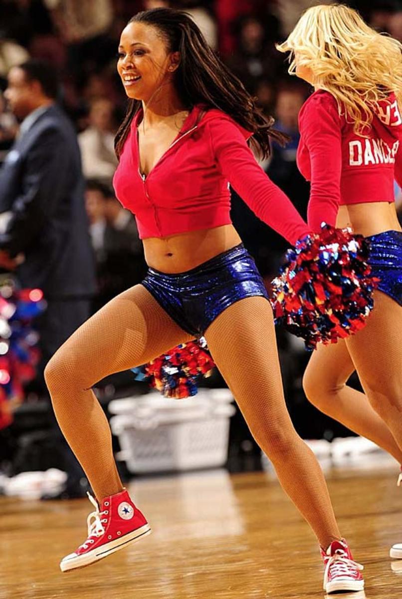 sixers-dancer%2804%29.jpg
