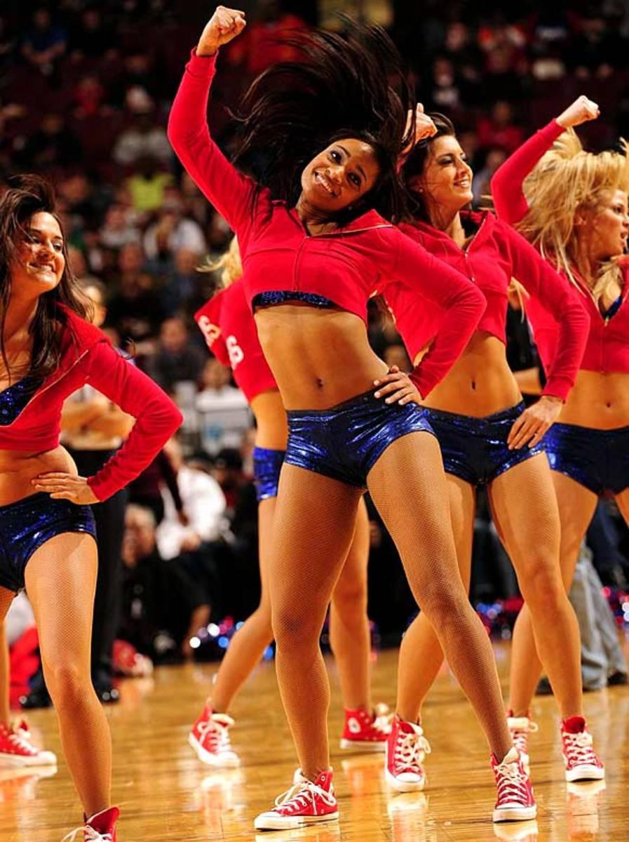 sixers-dancers%2811%29.jpg