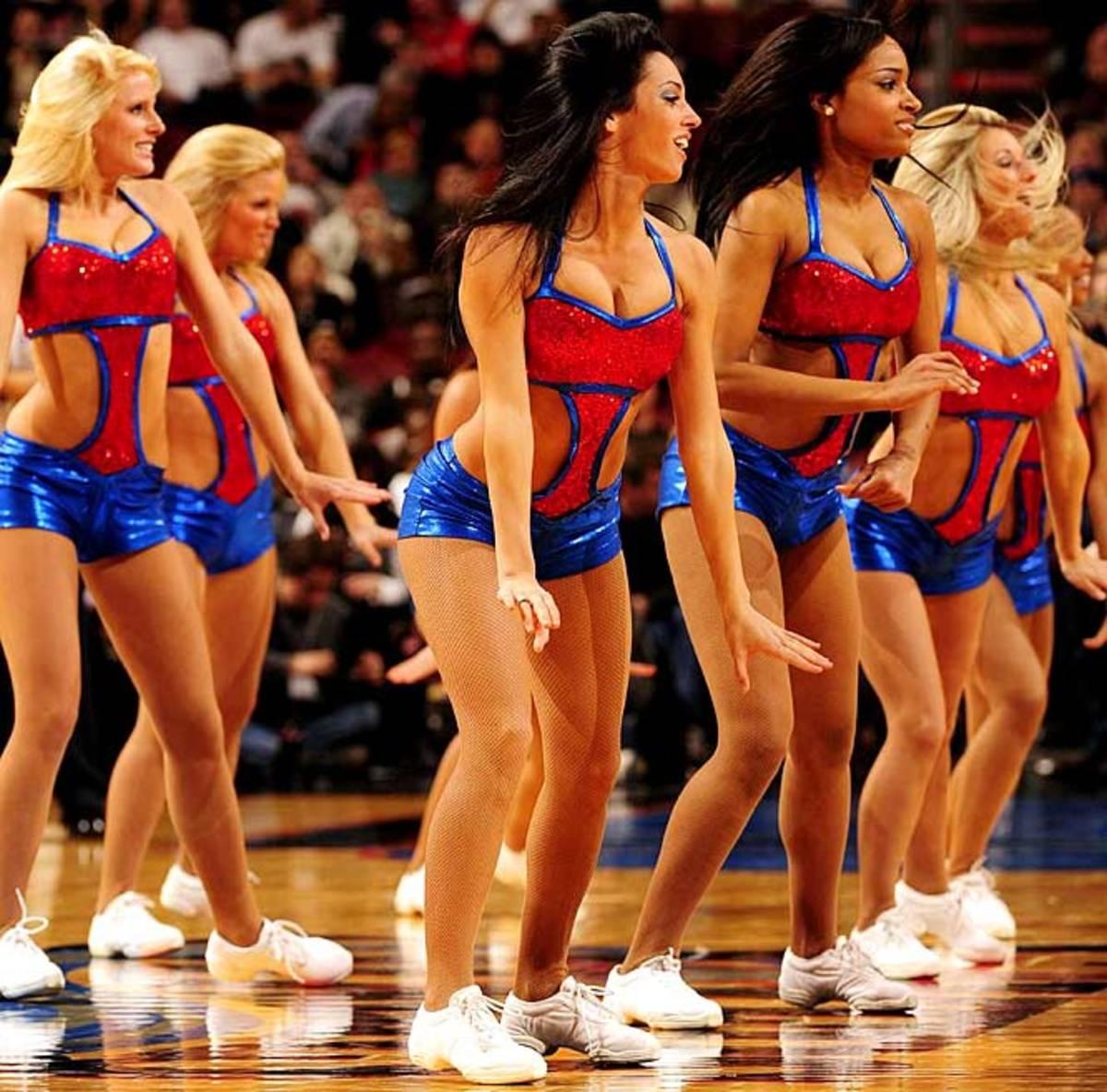 sixers-dancers%2809%29.jpg
