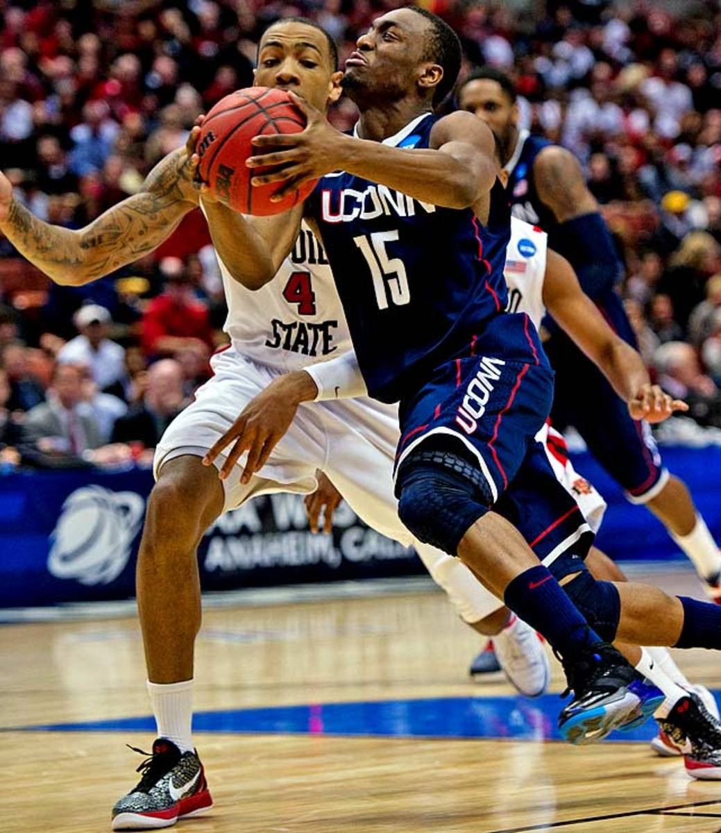 (3) Connecticut 74,<br> (2) San Diego State 67