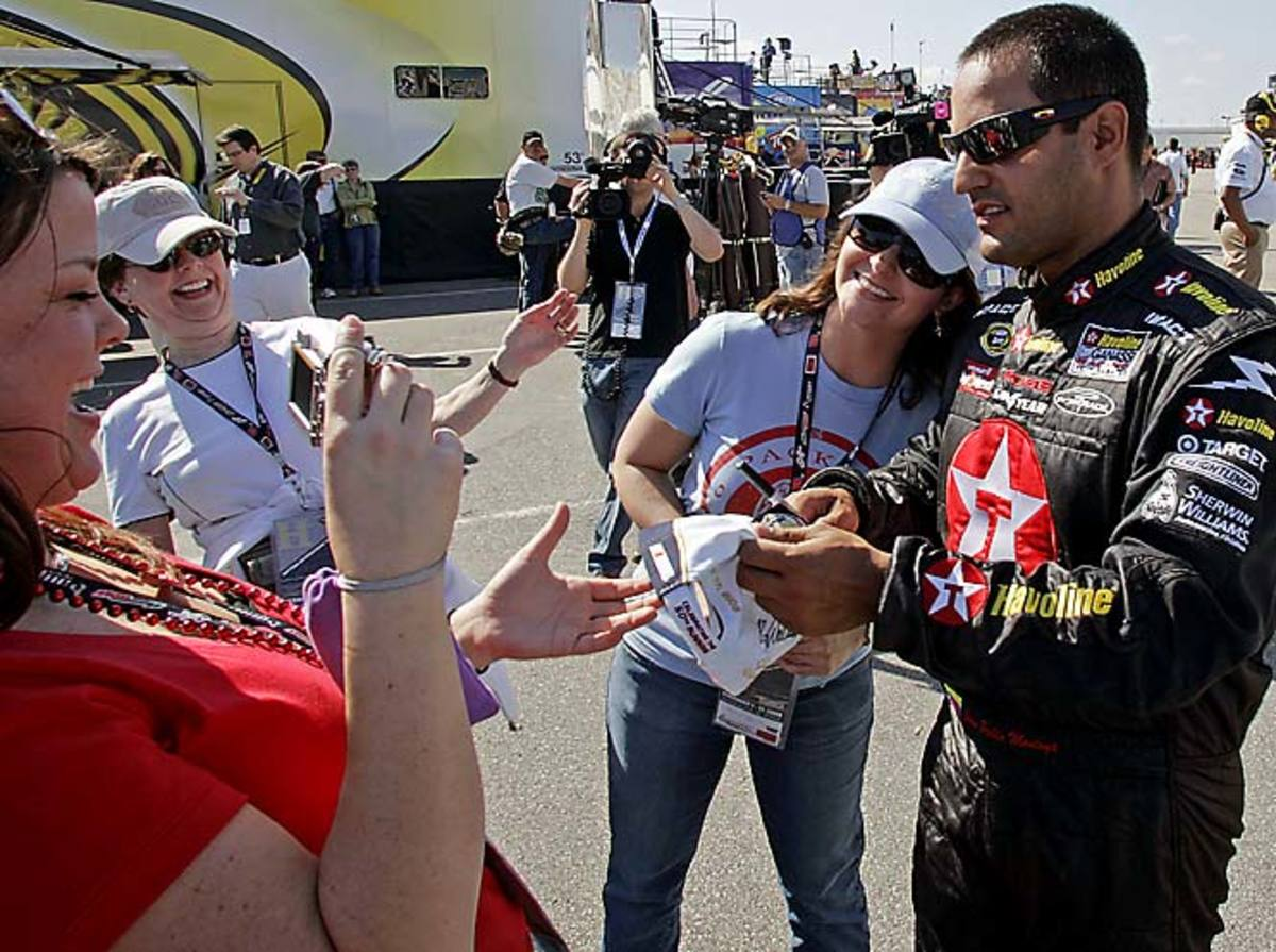 NASCAR-Daytona-500-Aut%285%29.jpg