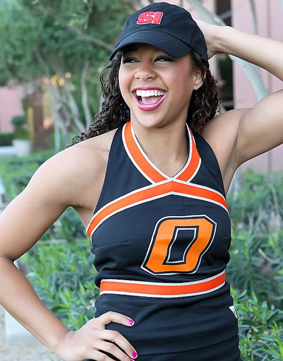Cheerleader of the Week - Sports Illustrated
