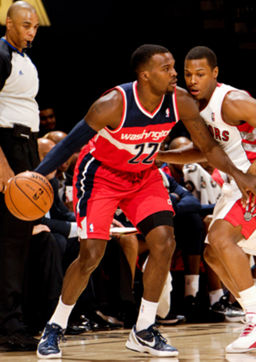 Shelvin Mack will reportedly rejoin the Wizards. (Ron Turenne/Getty Images)