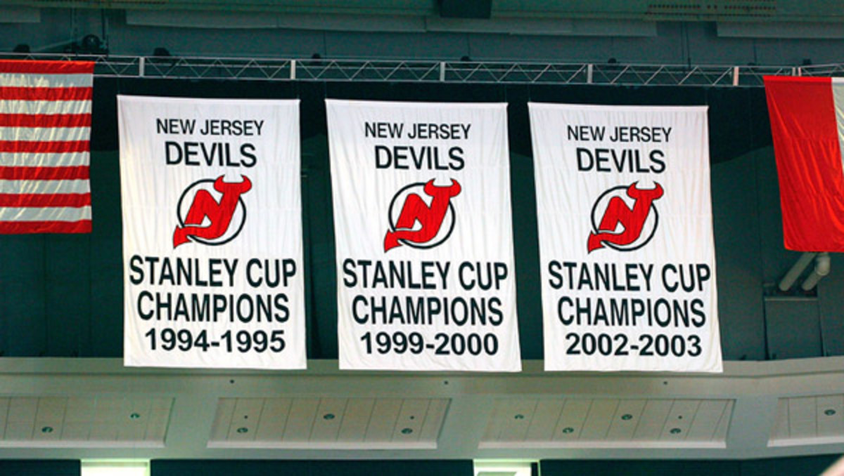 devils-cup-banners