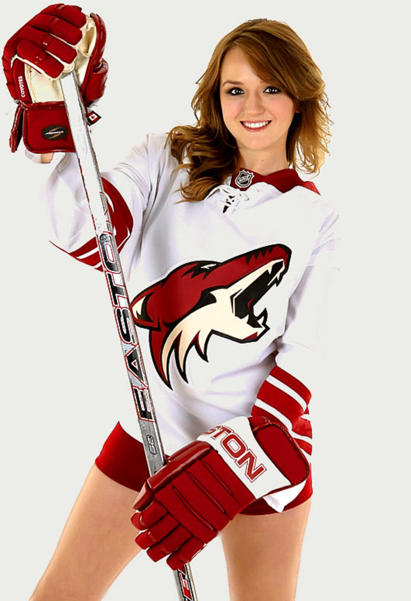 coyotes-the-pack-dancer%2815%29.jpg
