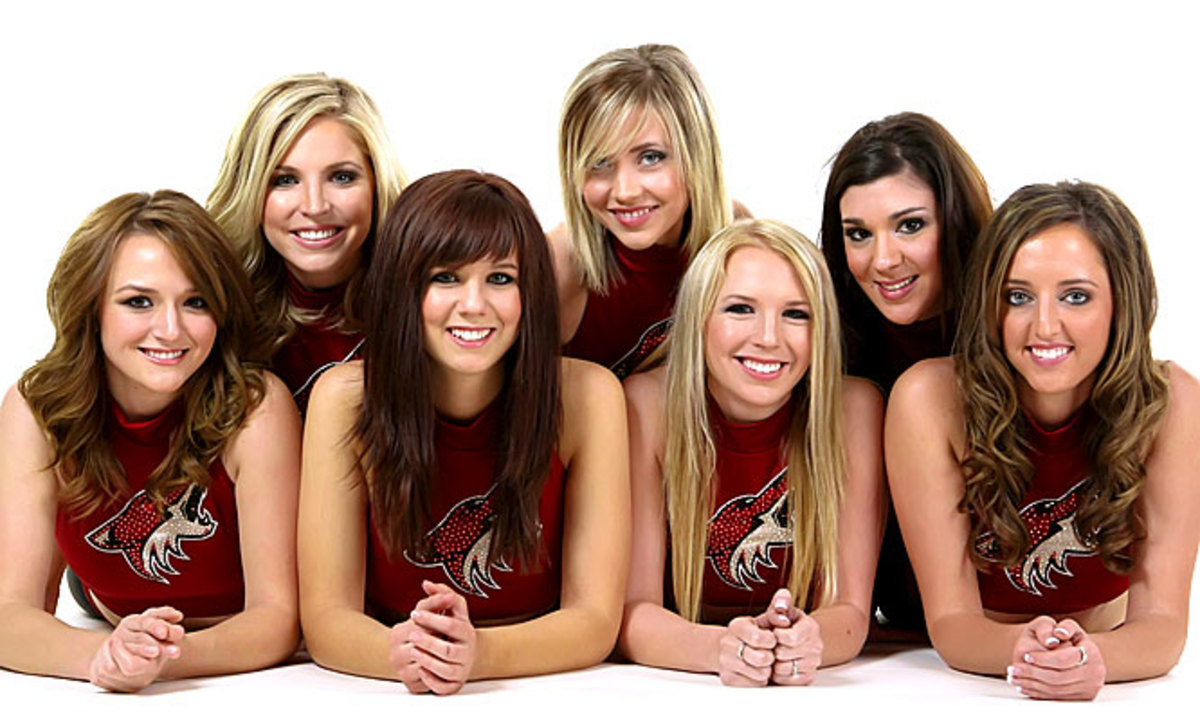 coyotes-the-pack-dancers%2811%29.jpg