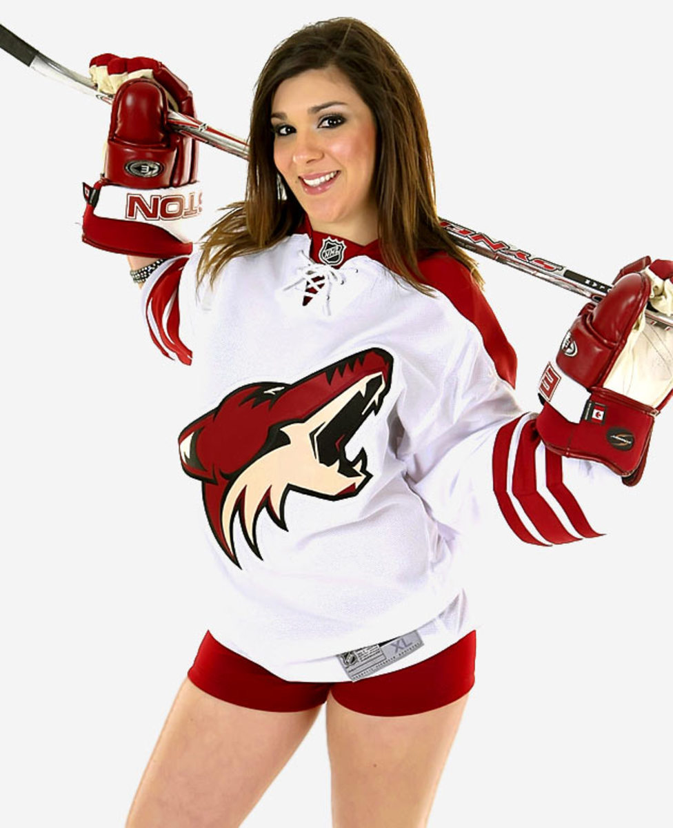 coyotes-the-pack-dancer%2807%29.jpg