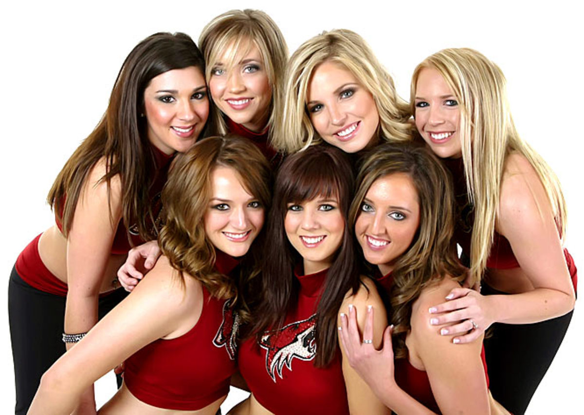 coyotes-the-pack-dancers%2810%29.jpg