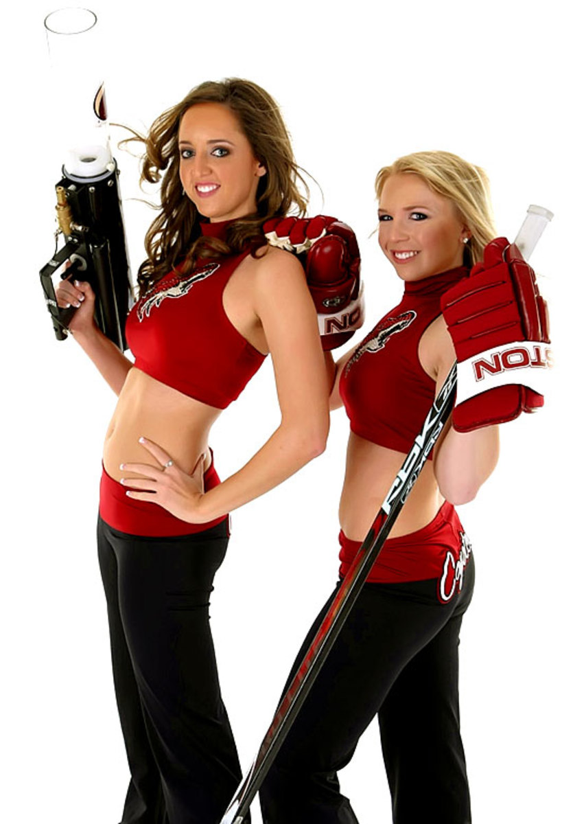 coyotes-the-pack-dancers%2802%29.jpg