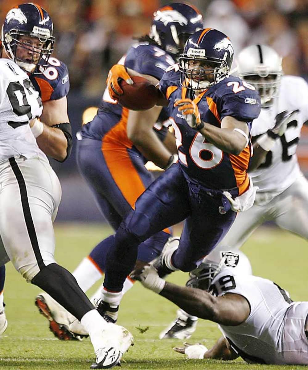 Broncos 13, Raiders 3