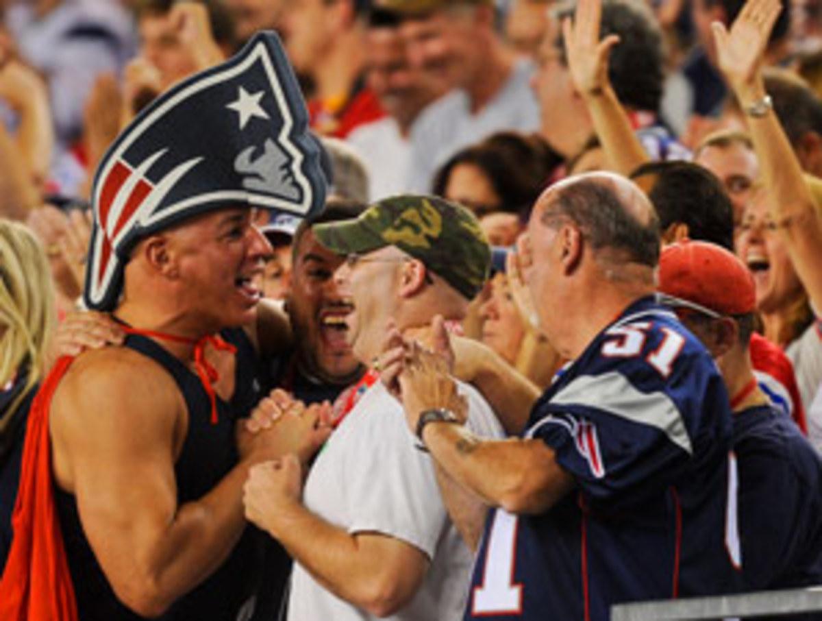 patriots.fans.jpg