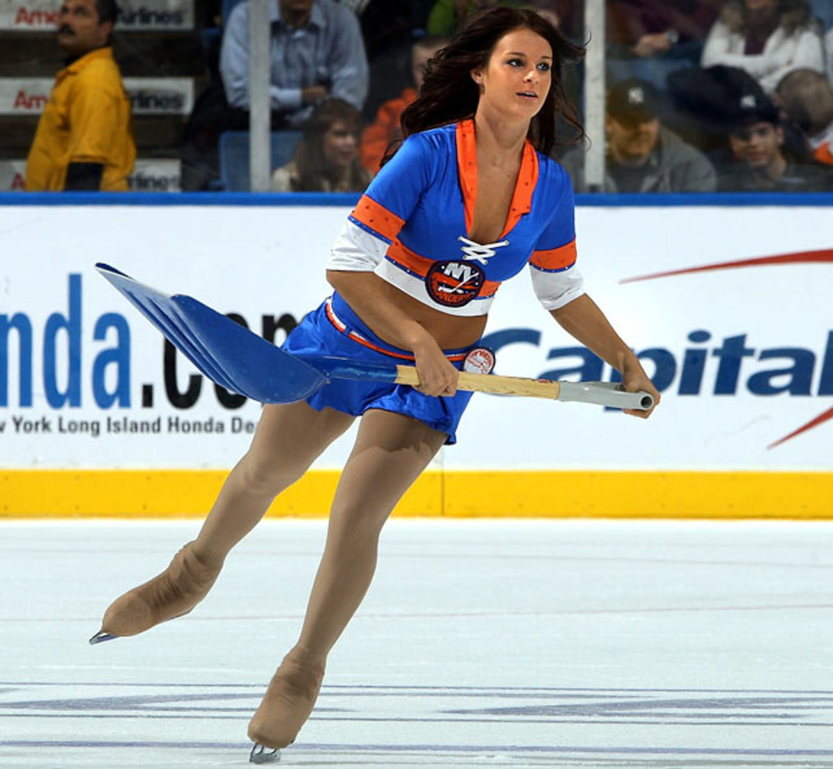 islanders-ice-girl%2807%29.jpg