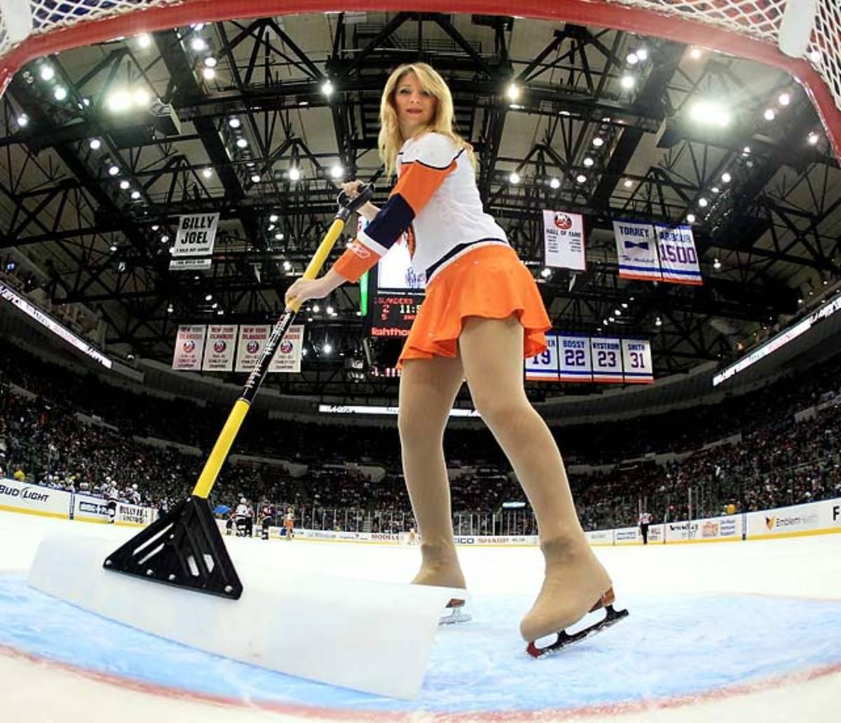 islanders-ice-girl%2824%29.jpg