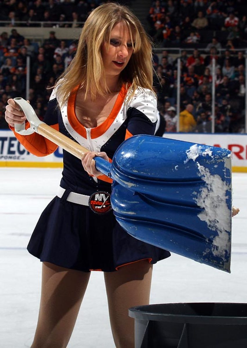 islanders-ice-girl%2818%29.jpg