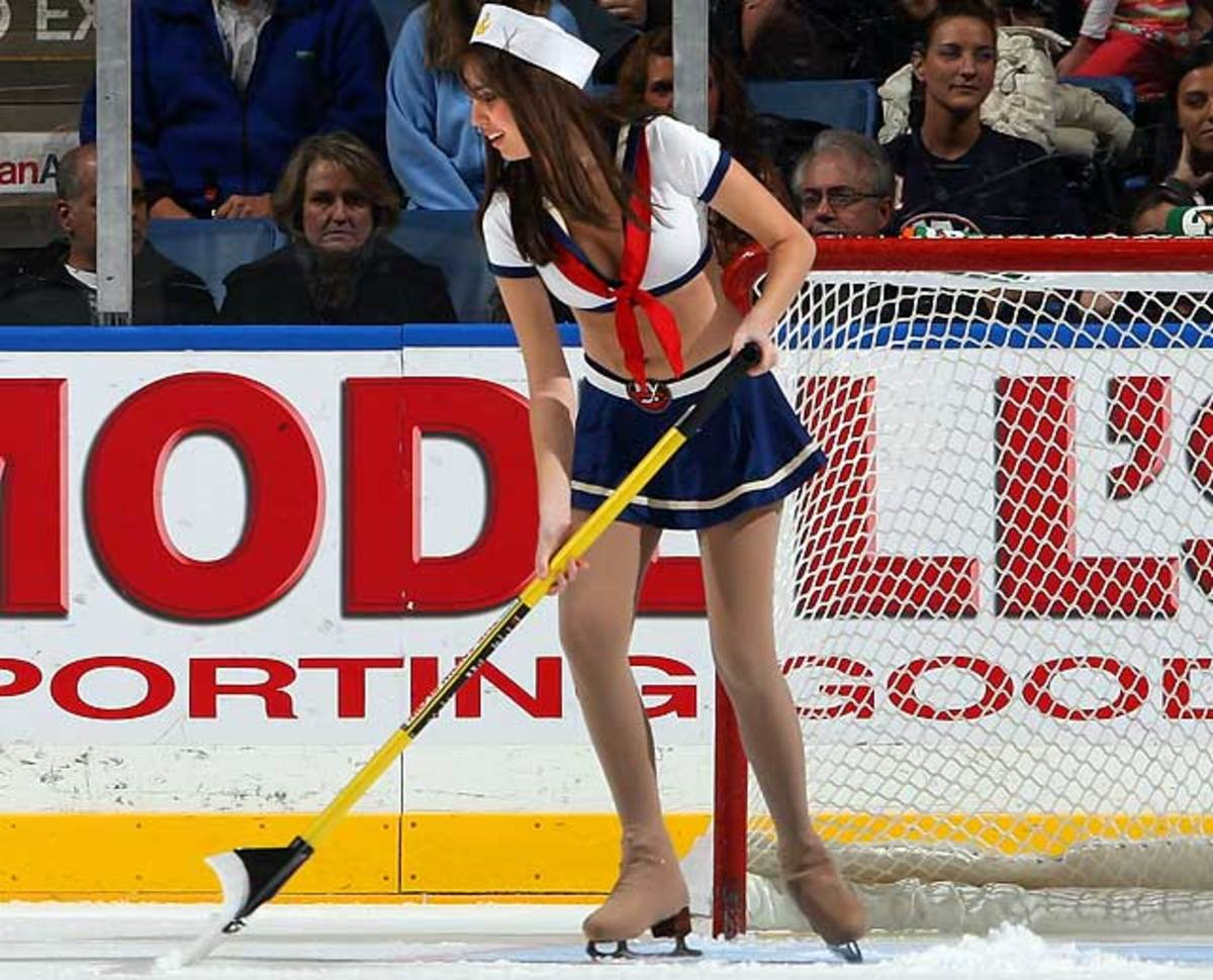 islanders-ice-girl%2823%29.jpg