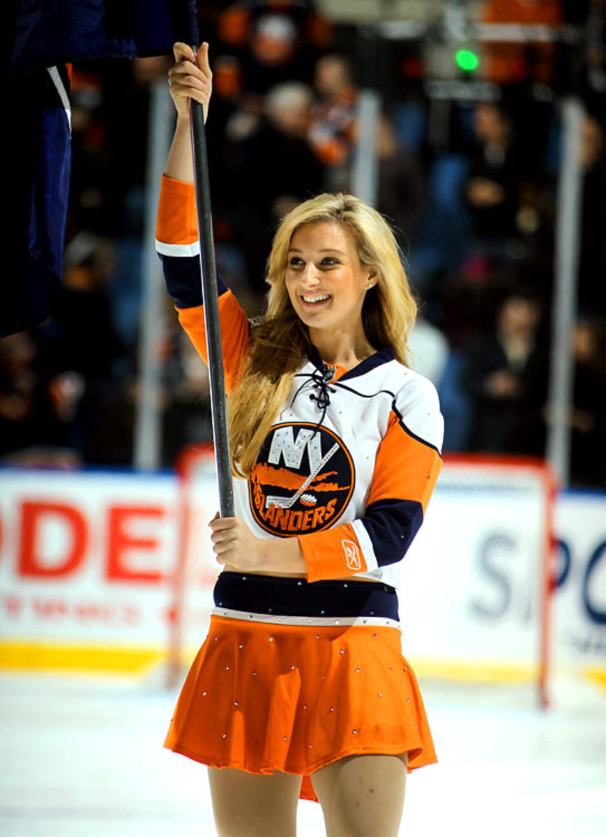 islanders-ice-girl%2816%29.jpg