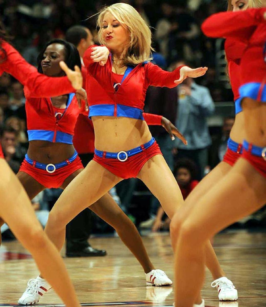 clippers-spirit-dance-team%2818%29.jpg