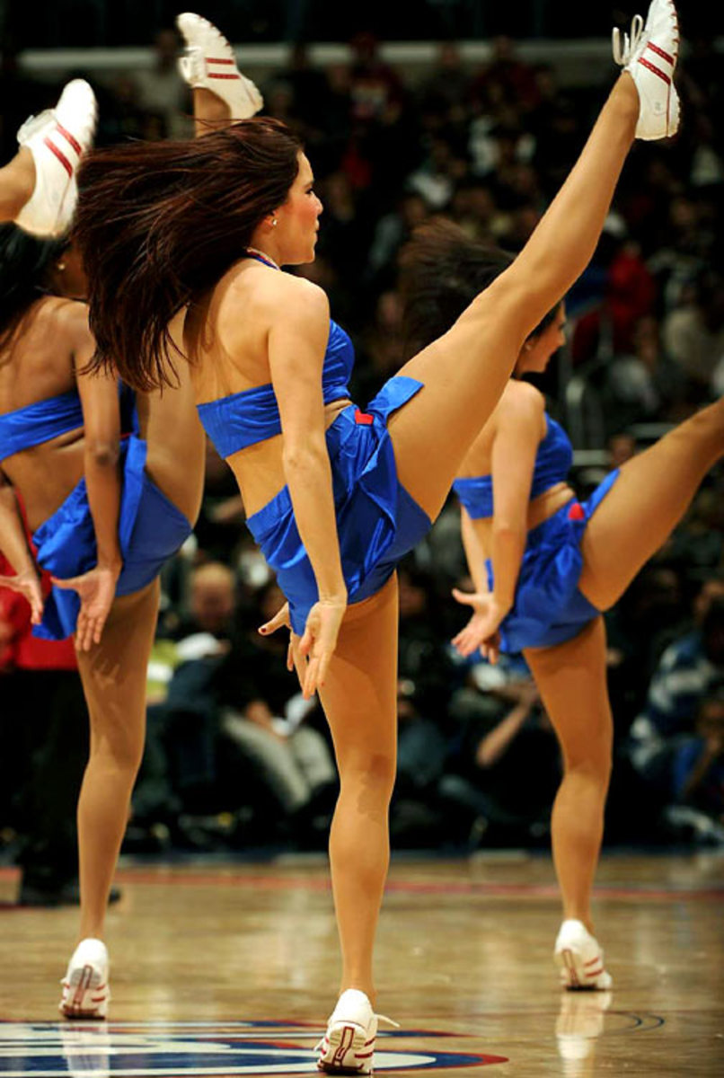 clippers-spirit-dance-team%2820%29.jpg