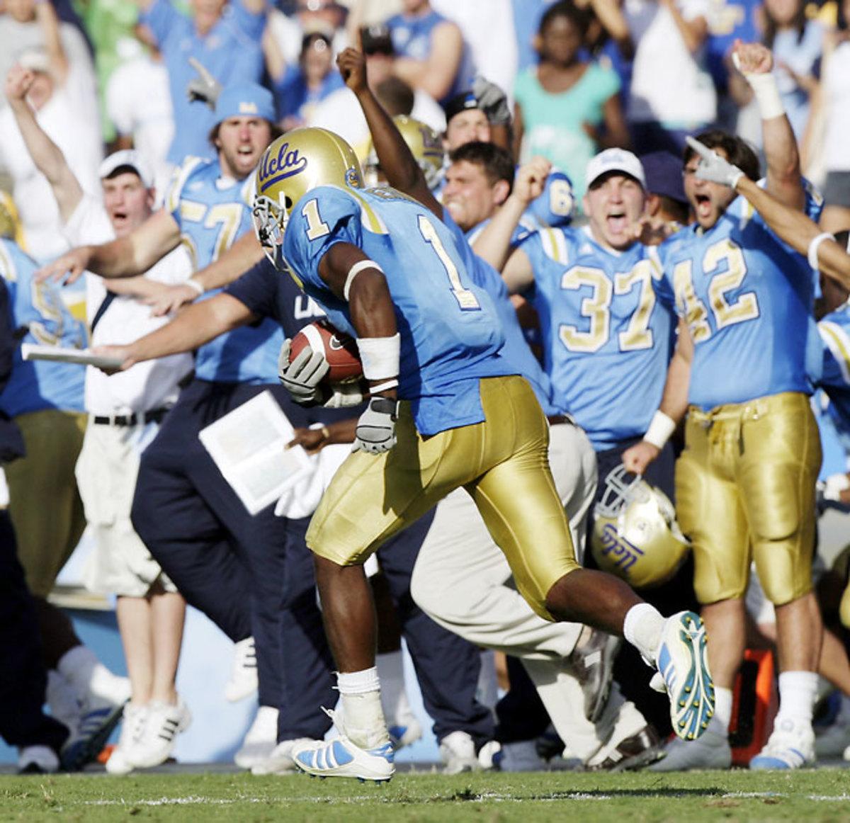 UCLA 30, No. 10 Cal 21