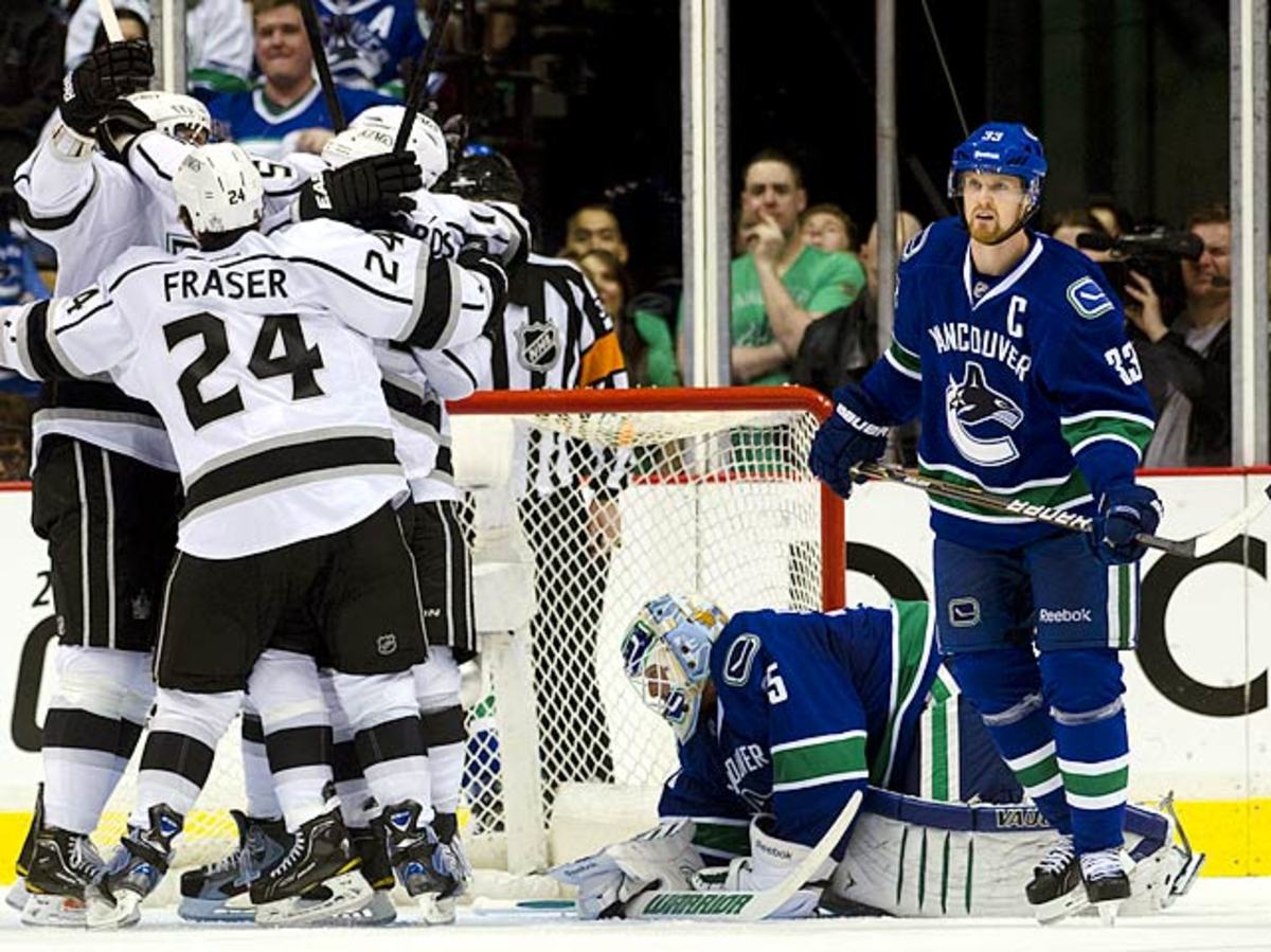 2011-12 Vancouver Canucks <br> (111 points)