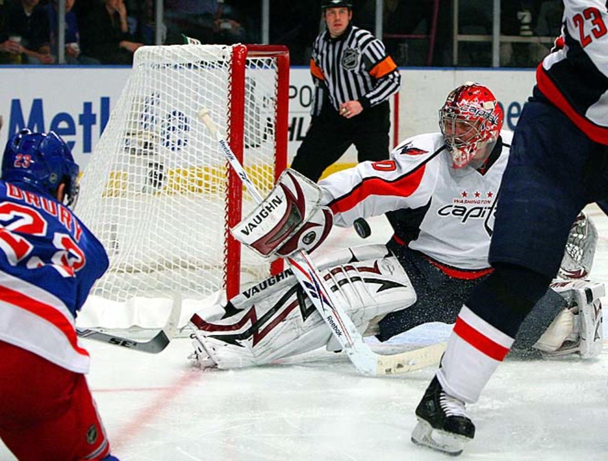 Simeon Varlamov allows a Chris Drury goal