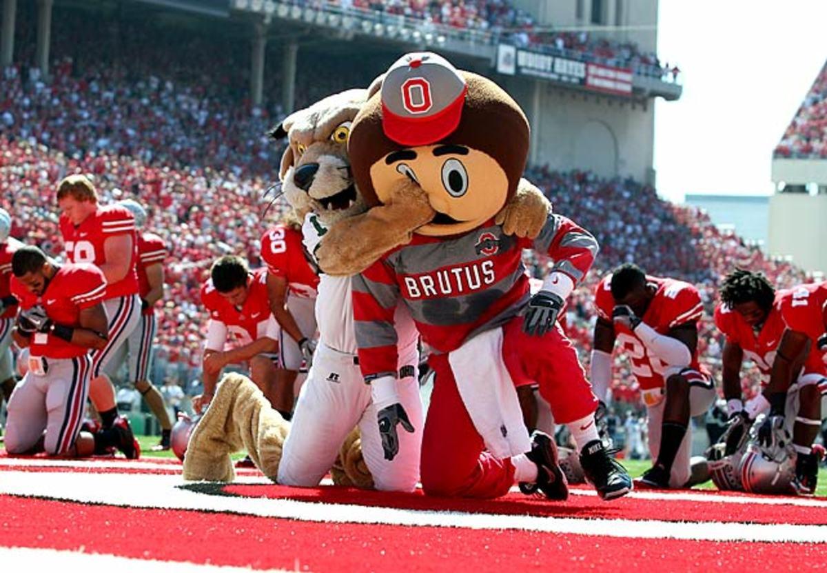 rufus-brutus-mascots.jpg