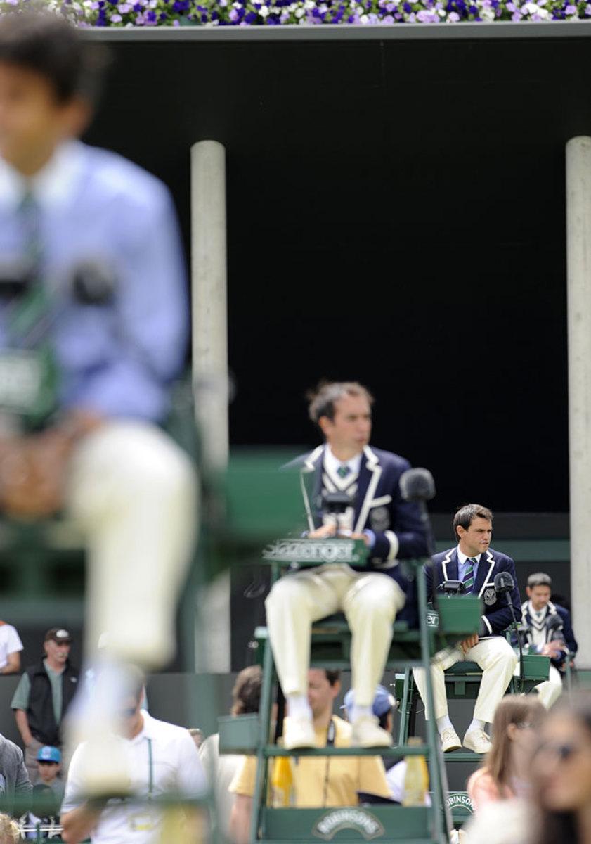 5-umpires.jpg