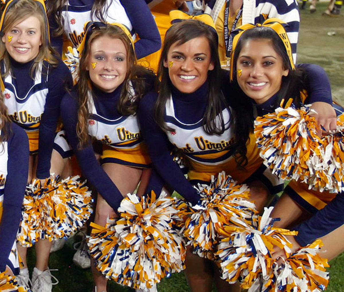cheerleader.WX4S6015.jpg