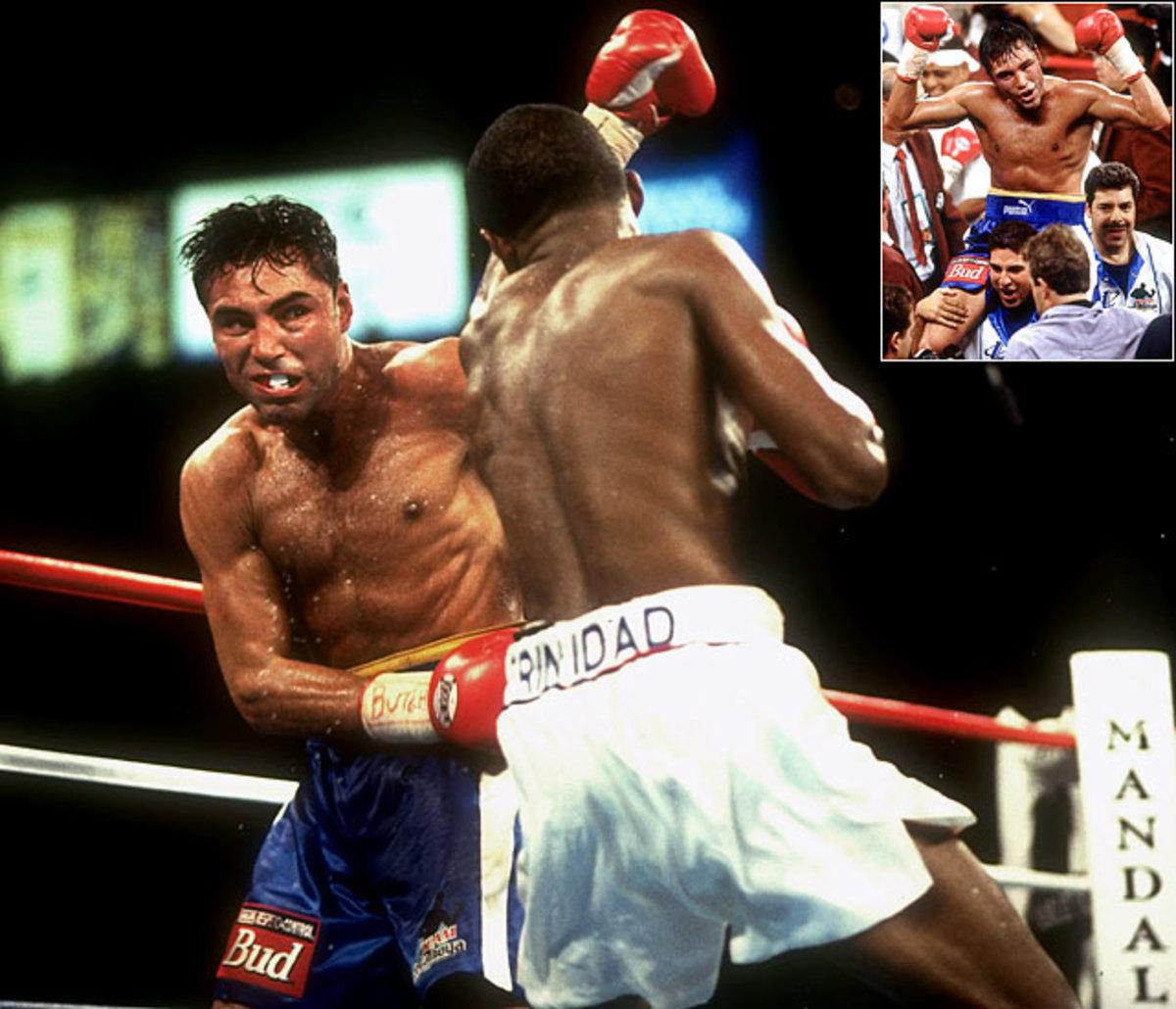 Felix Trinidad win over Oscar De La Hoya by majority decision