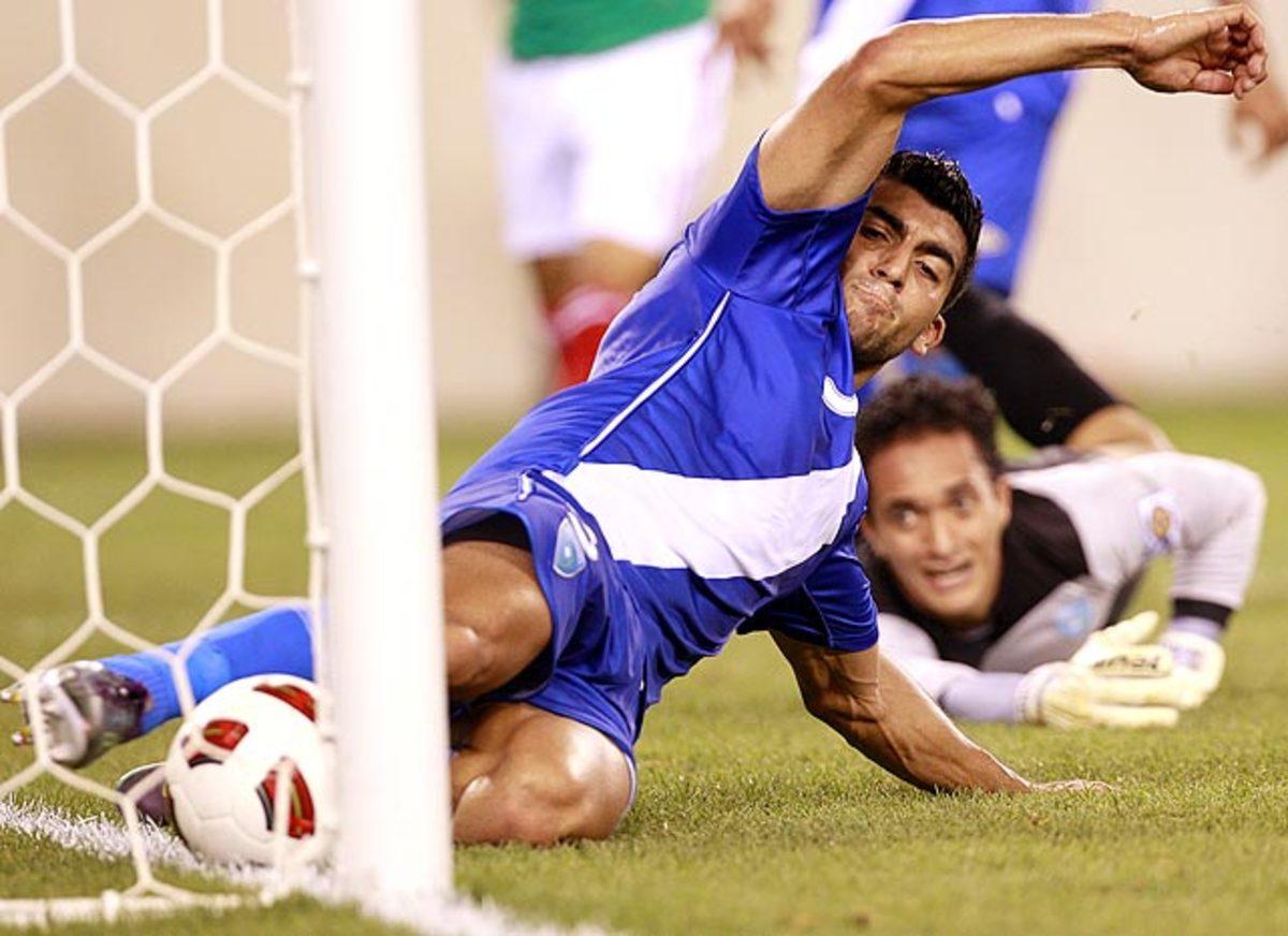 APTOPIX-CONCACAF-Mexico-Gua.jpg
