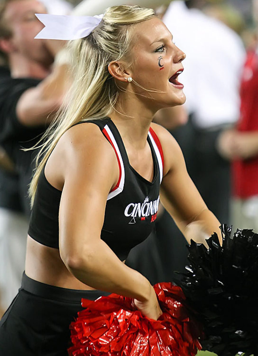 cheerleader.BRY_8263.jpg