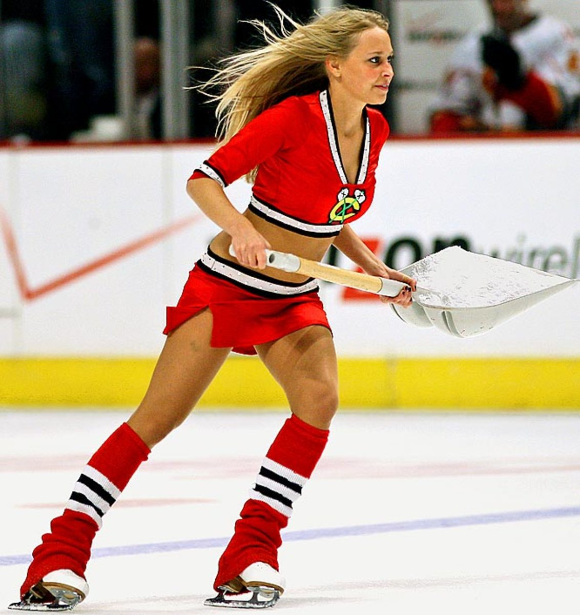 blackhawks-ice-crew%2810%29.jpg