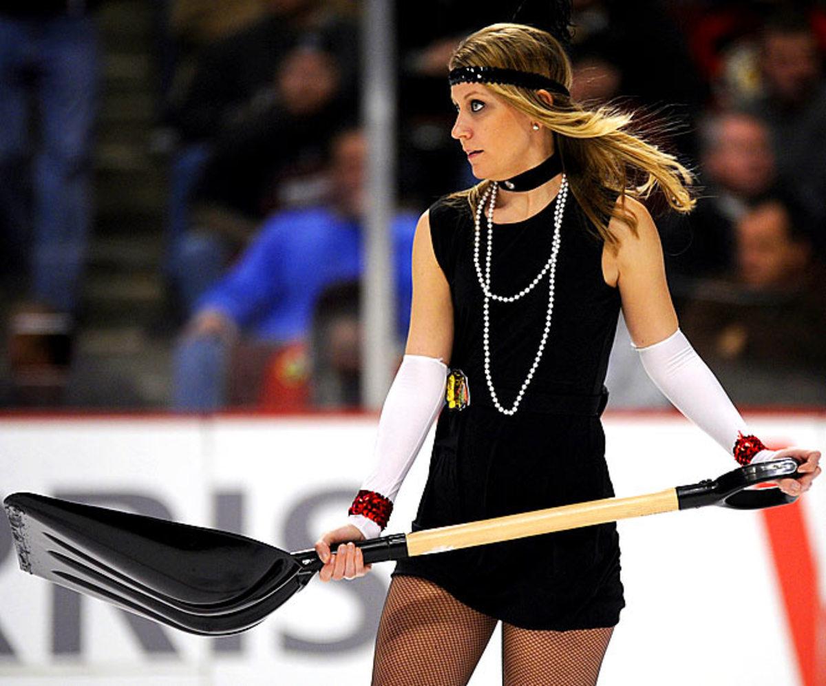 blackhawks-ice-crew%2815%29.jpg