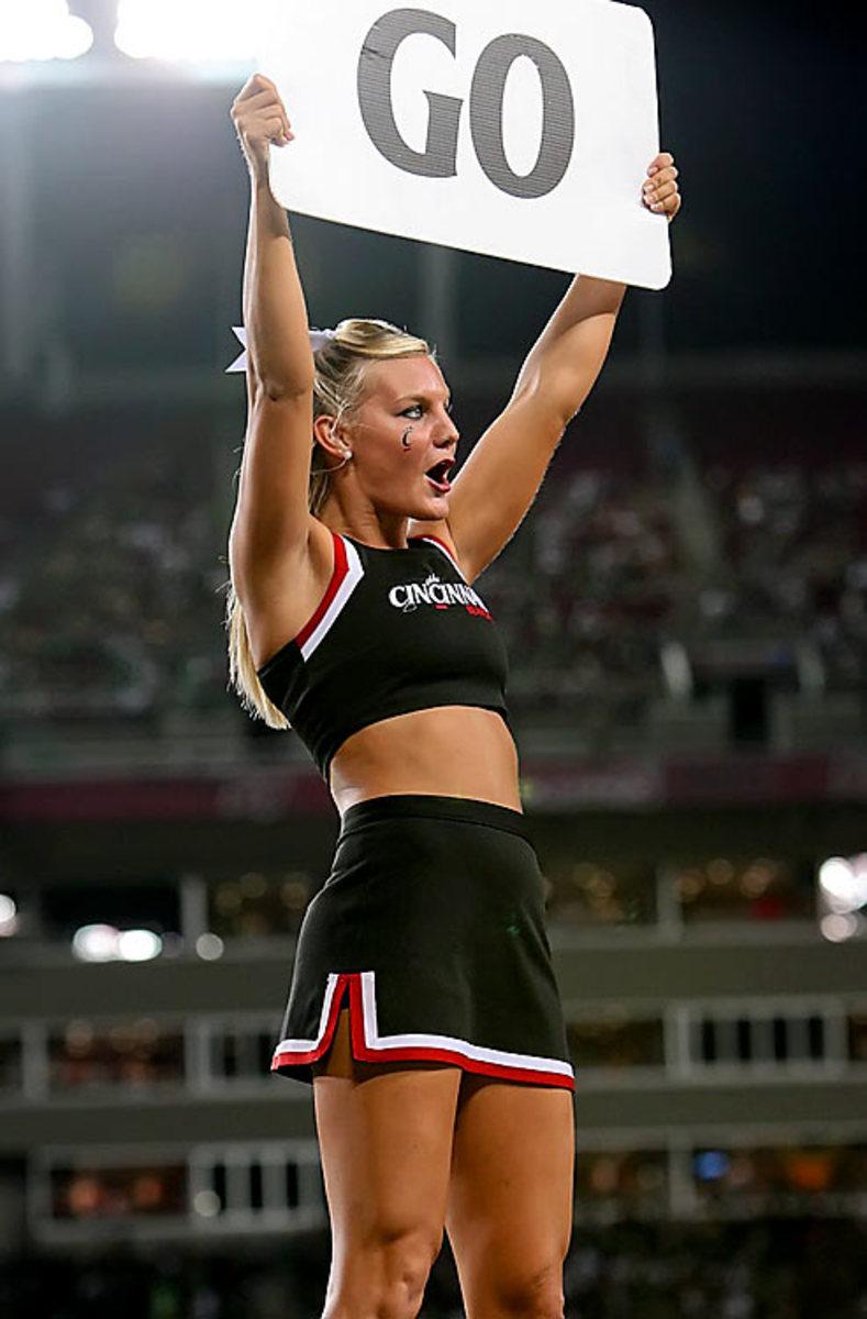 cheerleader.BRY_8096.jpg