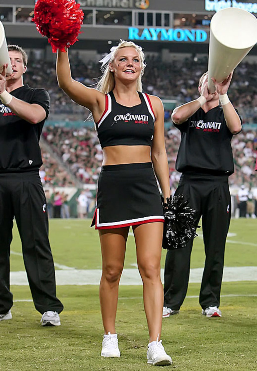 cheerleader.BRY_8686.jpg