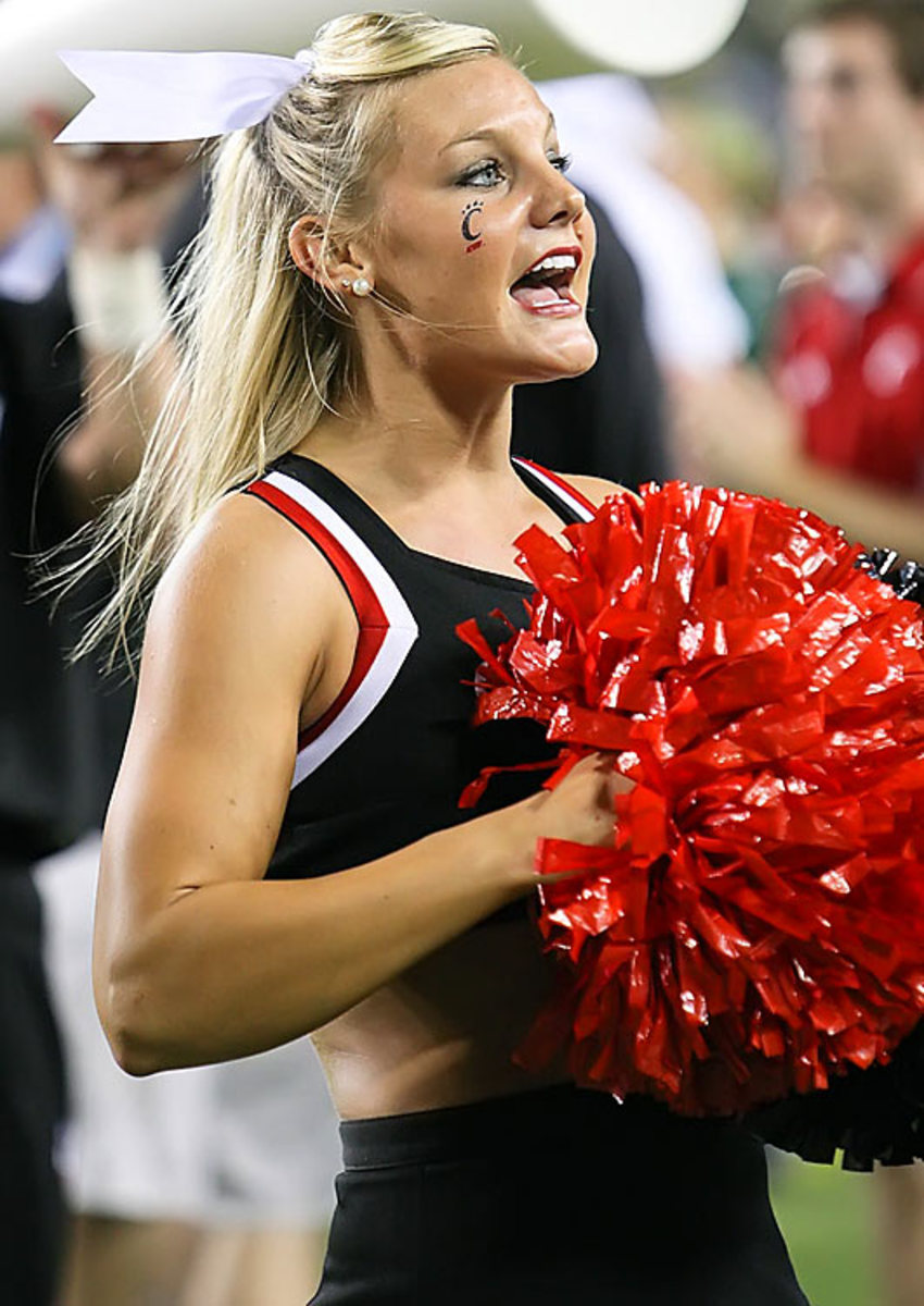 cheerleader.BRY_8256.jpg