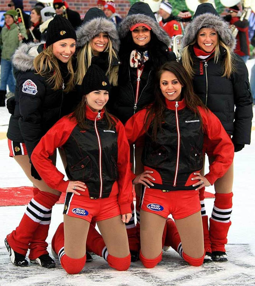 blackhawks-ice-crew%2820%29.jpg