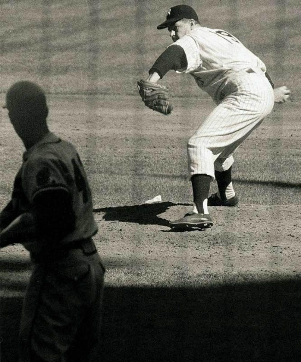 1958 World Series, Yankees defeat Braves