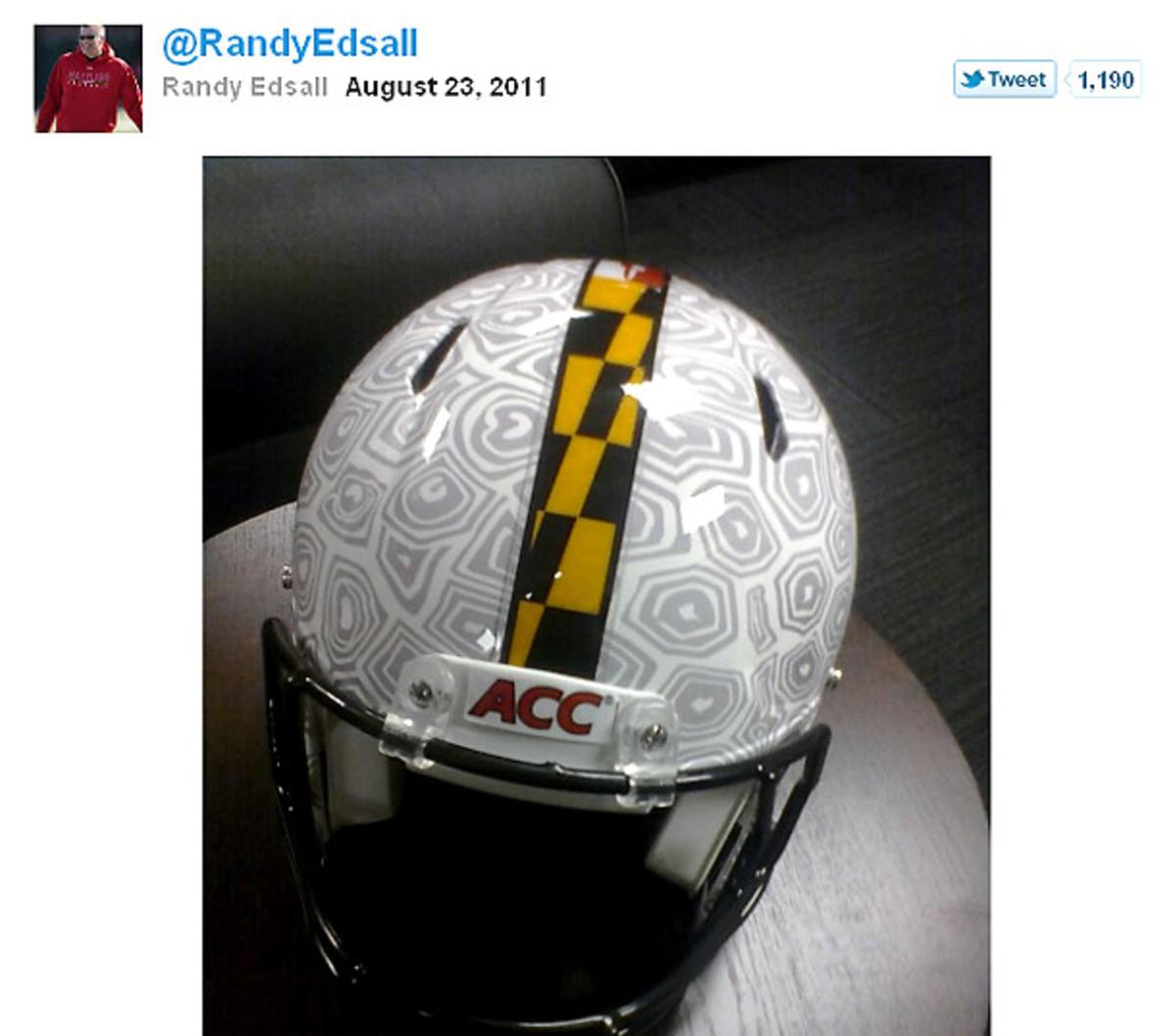 edsall-helmet-tweet