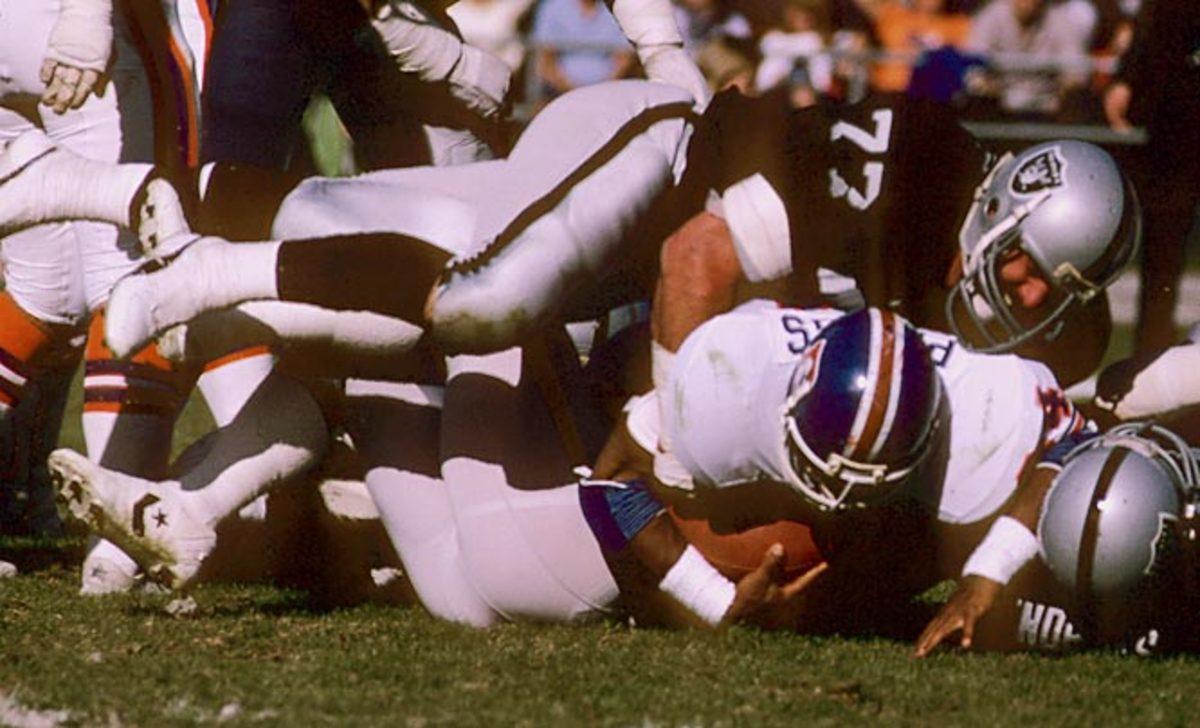 Lyle Alzado, Defensive Line