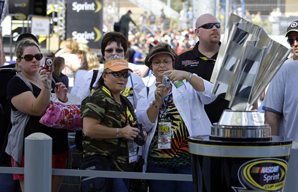 nascar-fans-sprint-cup-trophy.jpg