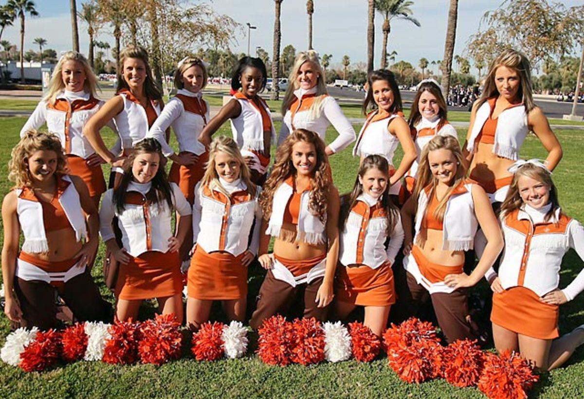 cheerleader.of.week.YPM39457.jpg