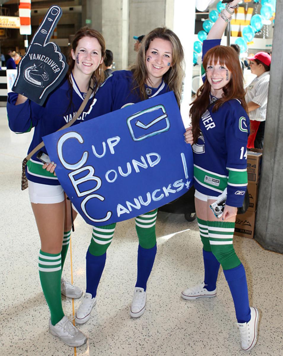 cup-bound-canucks.jpg