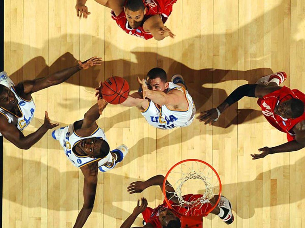 (1) UCLA 88, (12) W. Kentucky 78