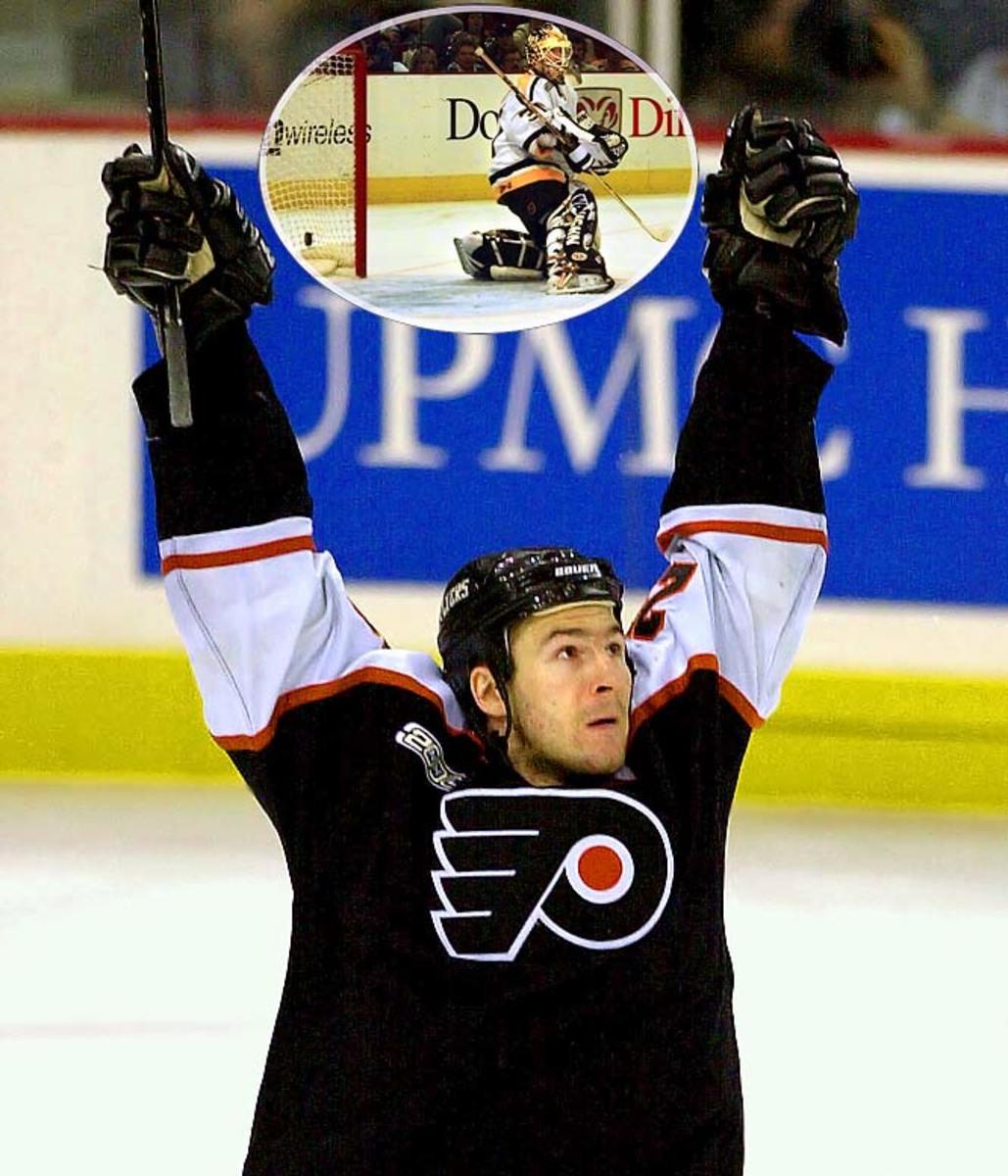 Flyers 2, Penguins 1 (5 OT)